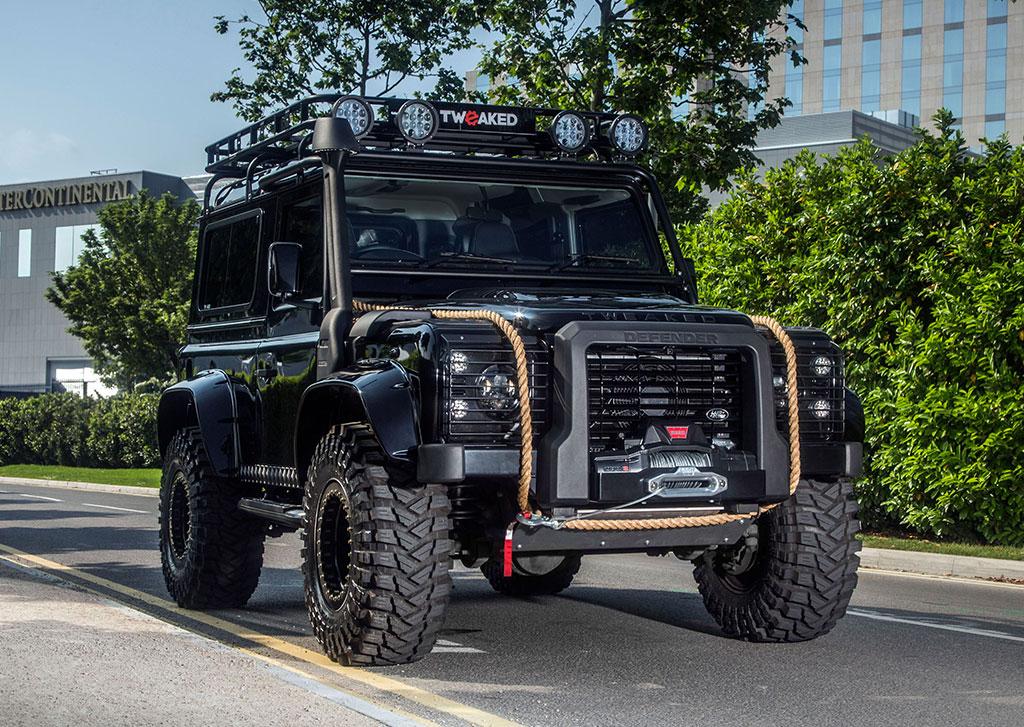 the tweaked automotive spectre edition defender 90 inception and build tweaked automotive. Black Bedroom Furniture Sets. Home Design Ideas