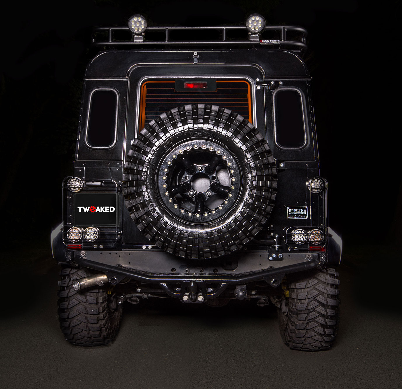 Land Rover Defender 90 110 130 Tweaked Spectre Edition Full