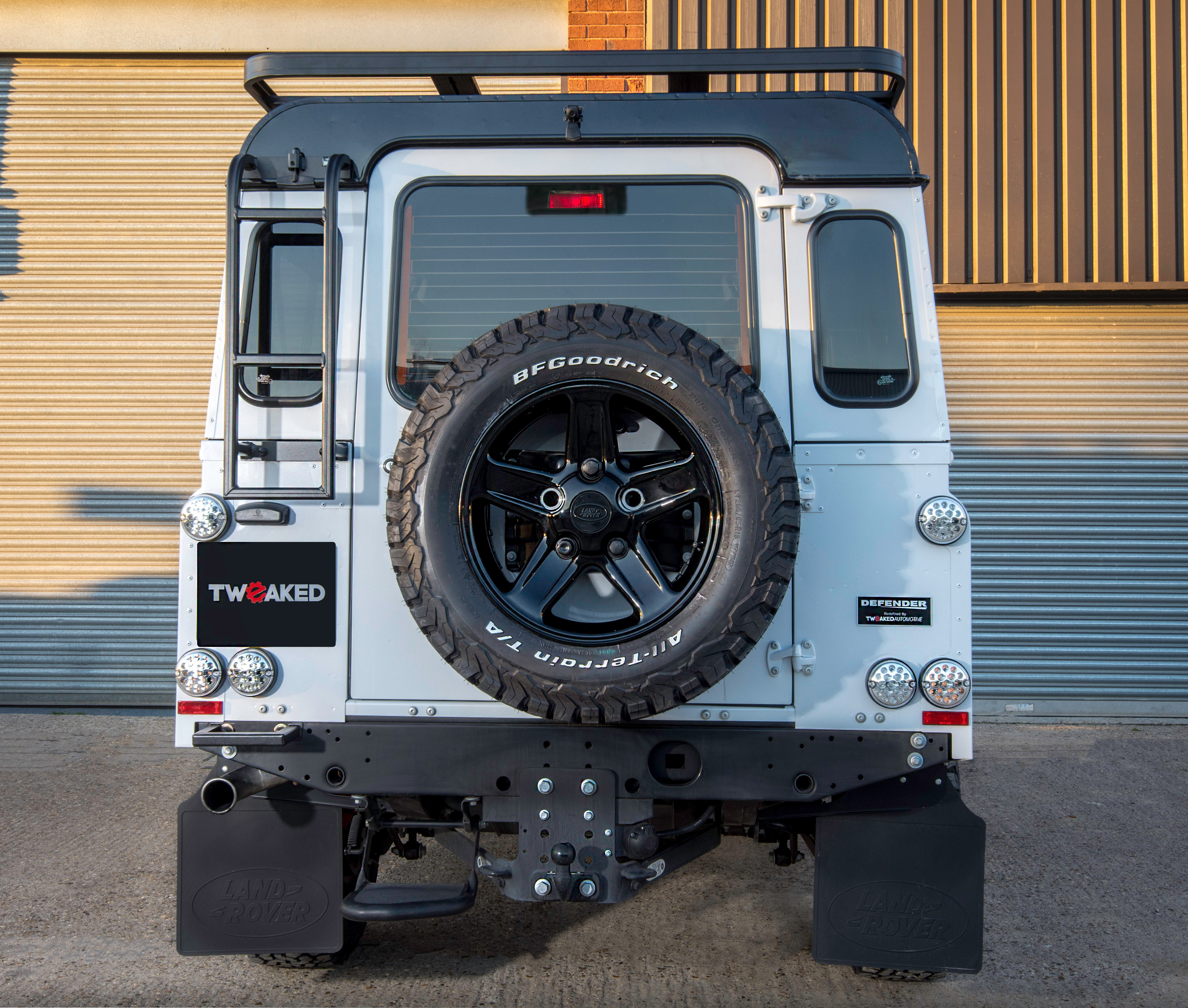 Land Rover Defender 110 Tweaked Expedition Edition